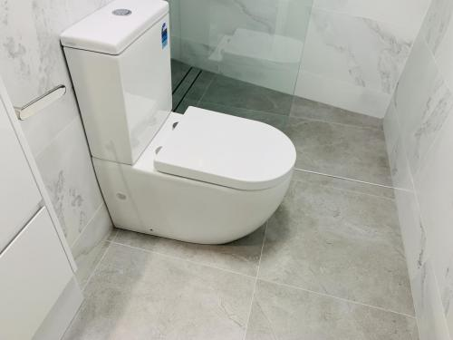 New toilet suite