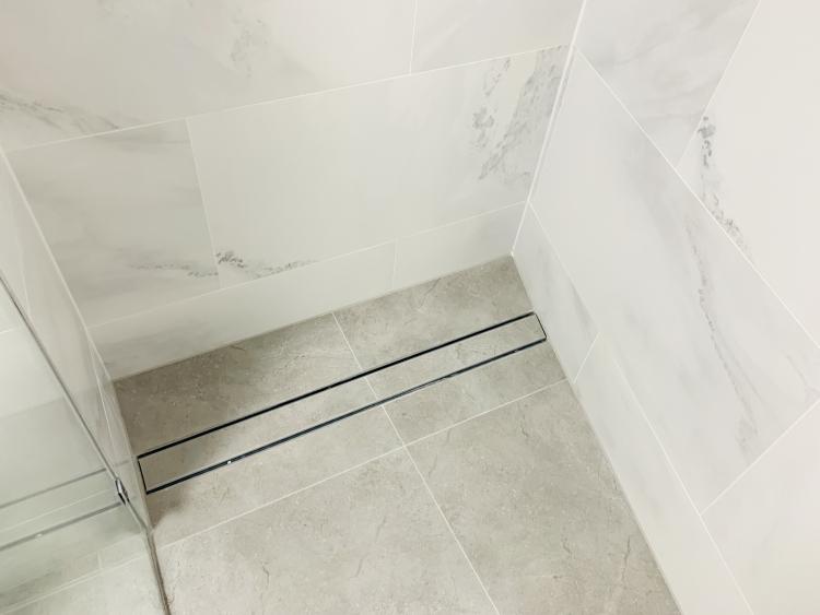Side drain